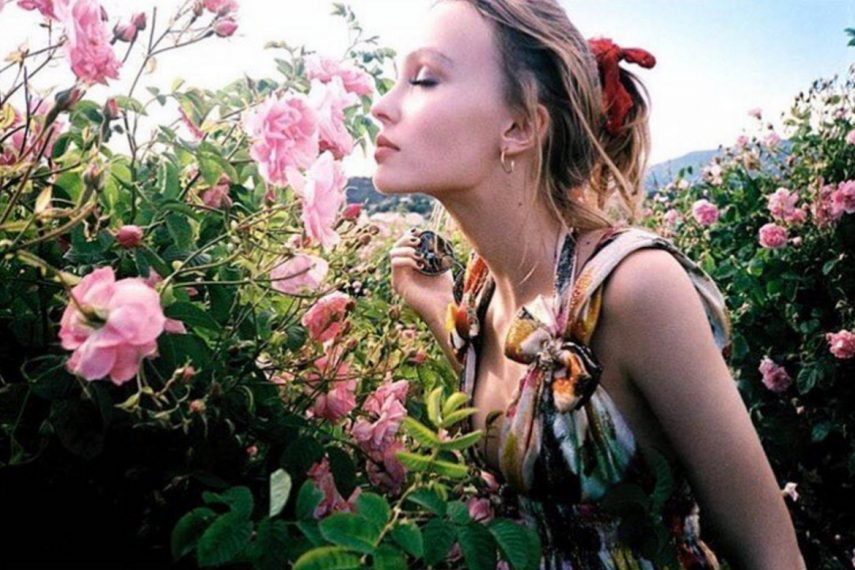 lily-rose-depp-reveals-new-chanel-n5-leau-campaign-1170x780