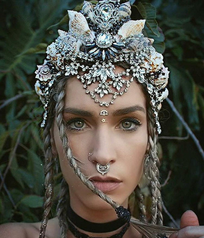 mermaid-crowns-chelsea-shiels-37