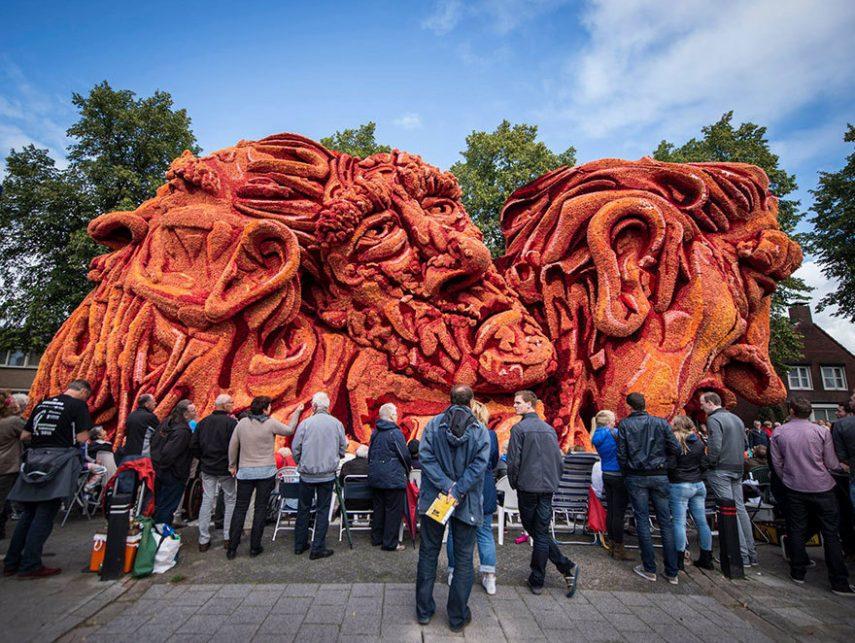 van-gogh-flower-parade-floats-corso-zundert-netherlands-16
