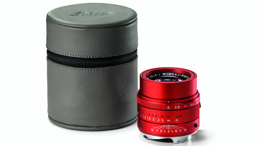 leica-apo-summicron-m_red_grey-leather-hood_cmyk