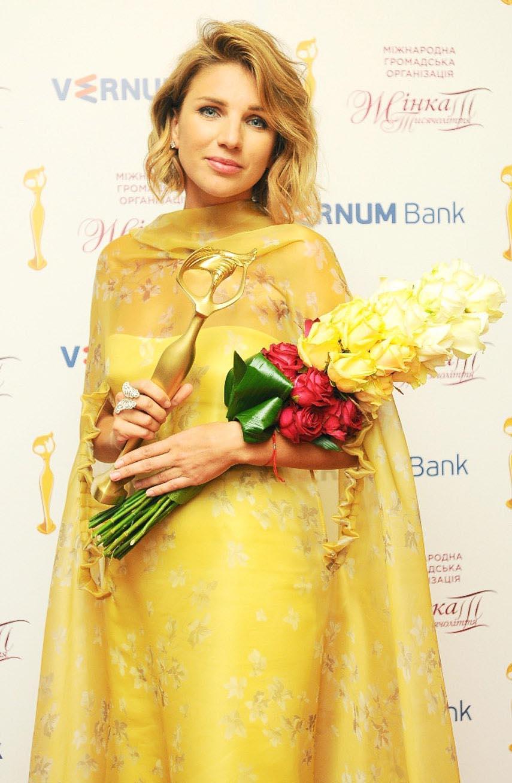"""Всеукраинская премия """"Женщина III тысячелетия"""": Катя Сильченко"""