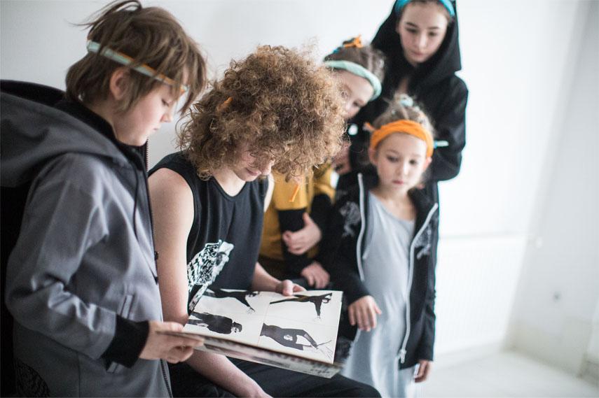 emily-kornya-ocharovanie-detstva-12