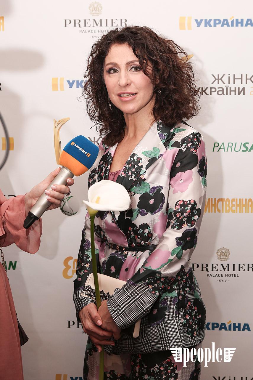 zhinka-ukrayini-premiya-dlya-luchshih (13)