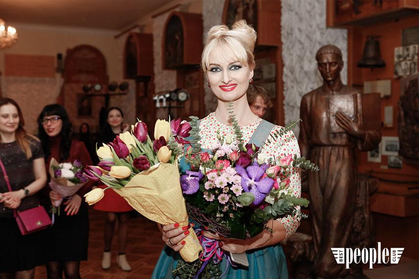 FARNOSOVA (110)-w
