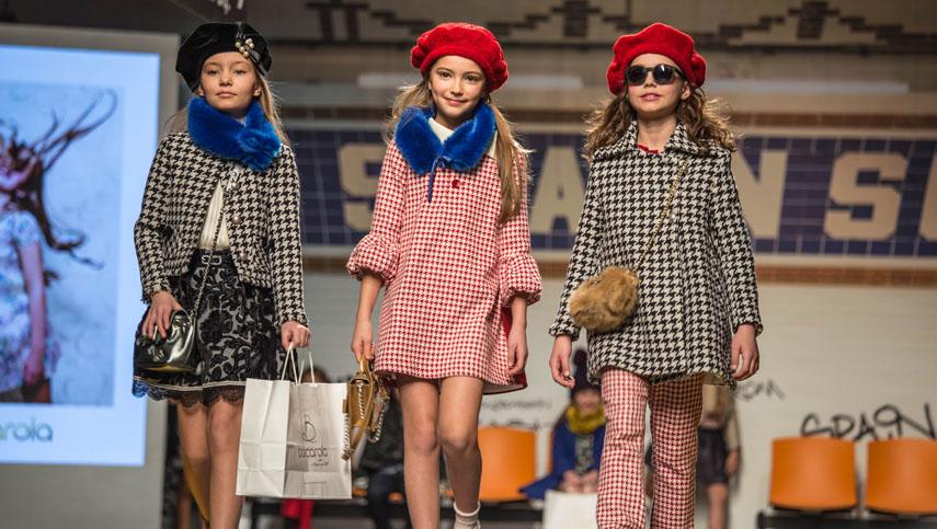Barcarola-fashion-from-spain-2017-pitti-immagine-bimbo-84-by-emily-kornya-855