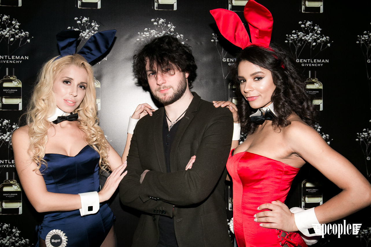 Playboy Gentlemen Club (26)