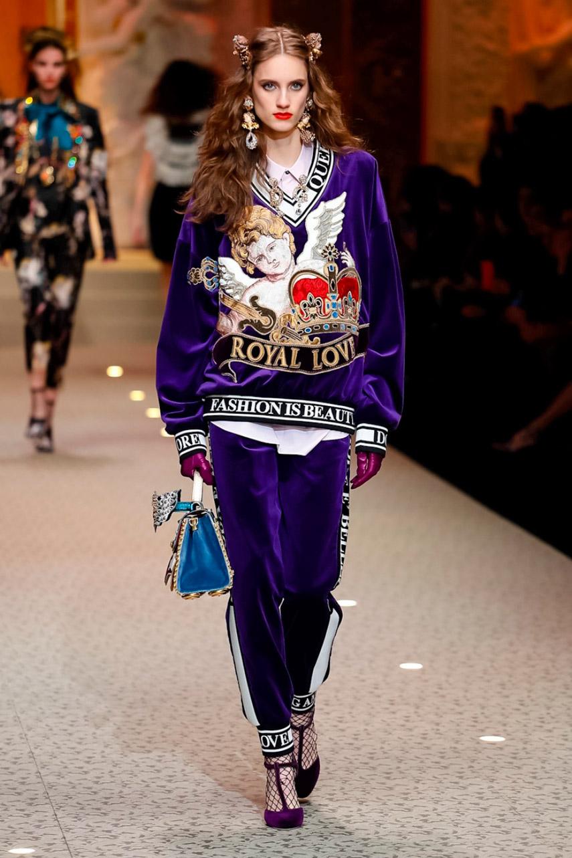 Dolce e Gabbana show AW 18-34895