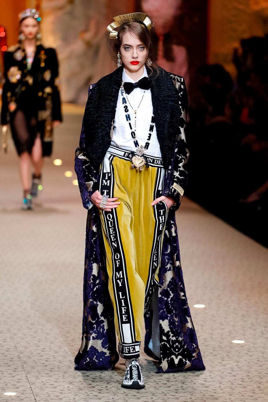 Dolce e Gabbana show AW18-3496