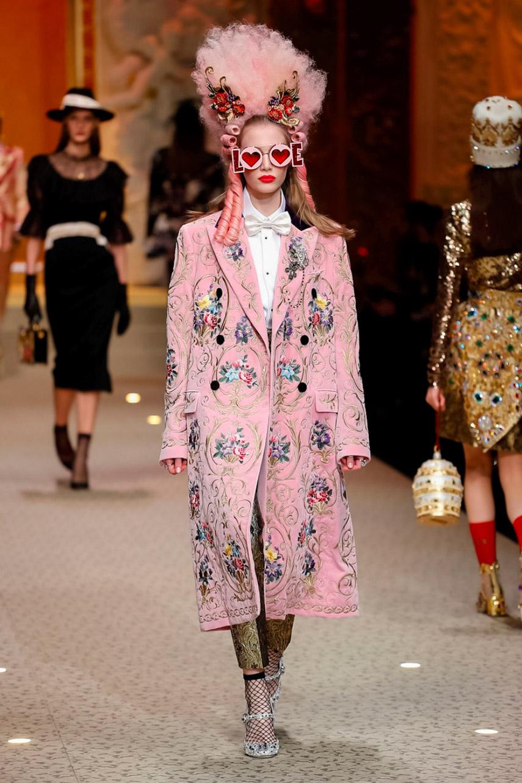 Dolce e Gabbana show AW 18-546