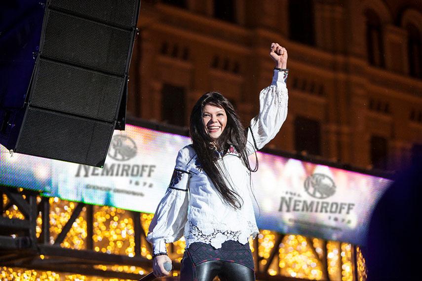 NEMIROFF-02-Ruslana_Folk-Ukraine_Руслана-Стрічка-4537-small