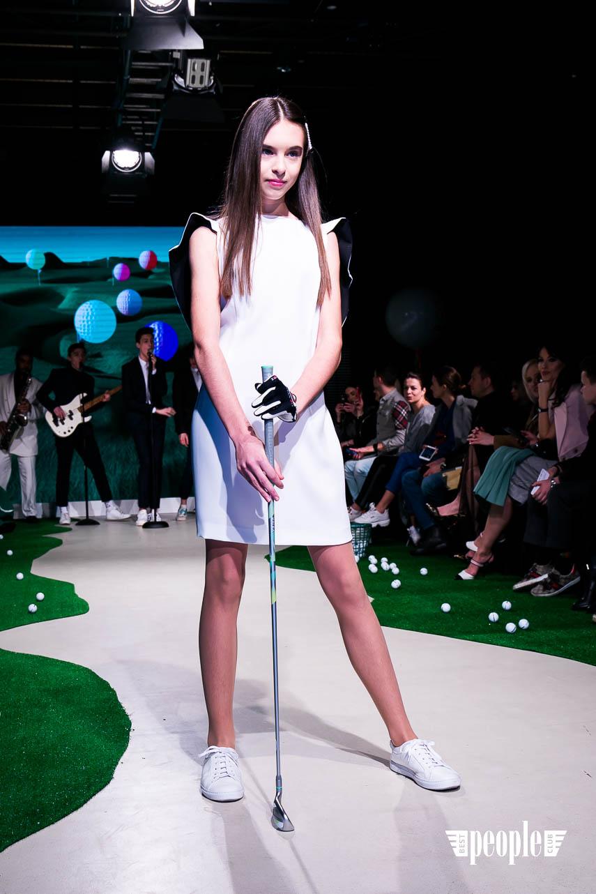 Golf Cruise by Ulyana Novozhilova
