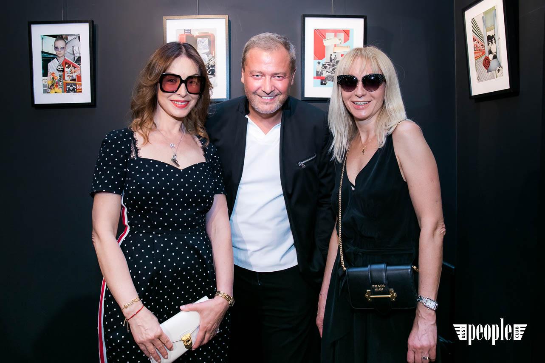 Serge Payet представил персональную выставку I am Trash в parfum büro (172)