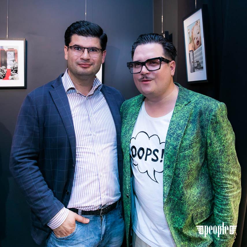Serge Payet представил персональную выставку I am Trash в parfum büro (183)