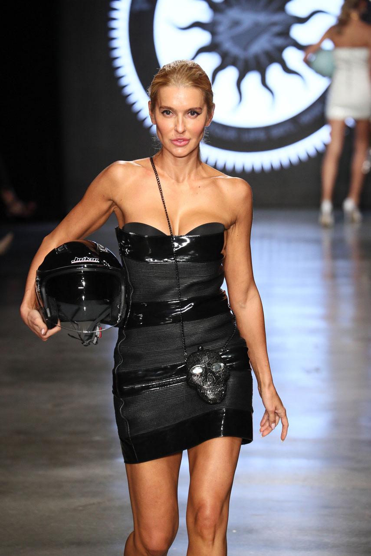 Анна Буткевич дебютировала на подиуме New York Fashion Week
