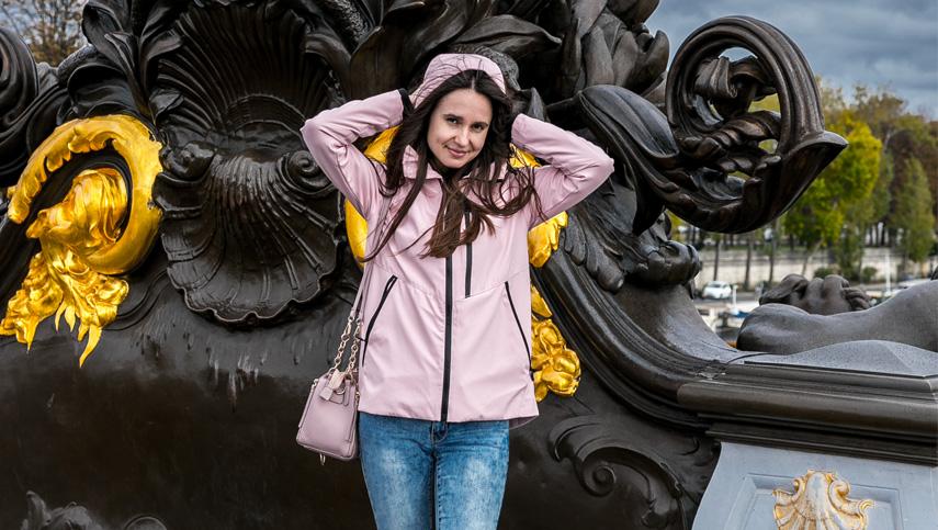 Алина Тимохина презентует свою книгу в Париже