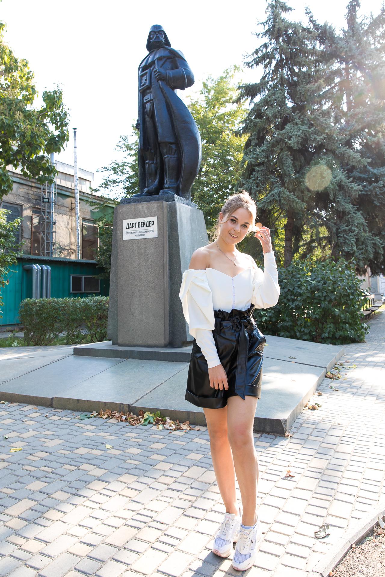София Егорова выступит в Одесском дворце офицеров