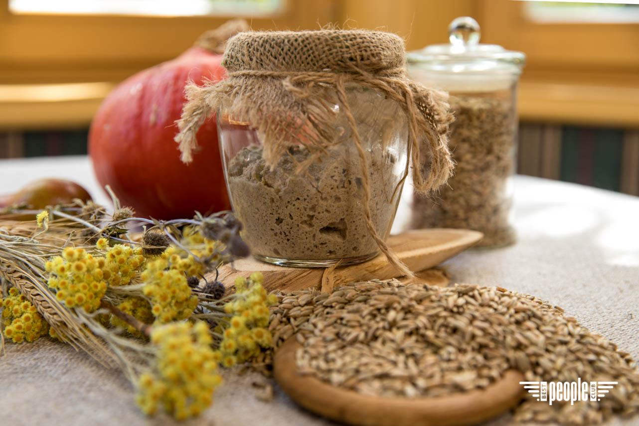 Оксана Барабаш поделилась уникальным рецептом живого хлеба