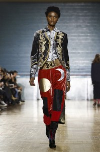 vivienne-westwood-2017-collecdtions-london-fashion-week-catwalk-901 (41)