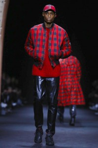 versace-milan-menswear-fw-2017 (10)