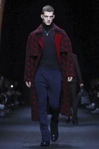 versace-milan-menswear-fw-2017 (39)